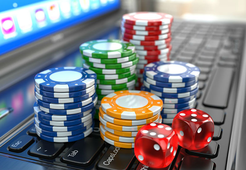 online casino dice and chips